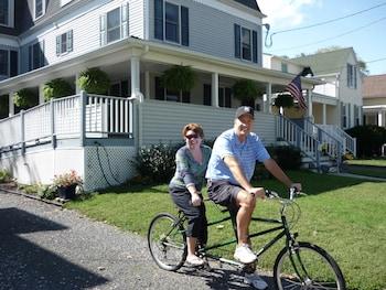 Tandem Bike Inn