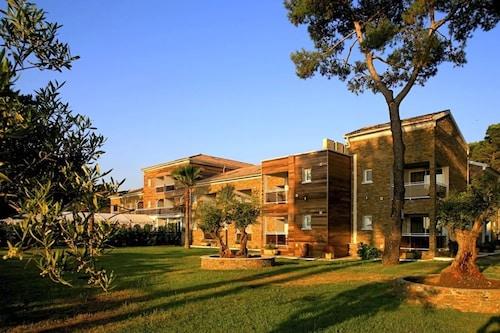 . Hôtel La Lagune