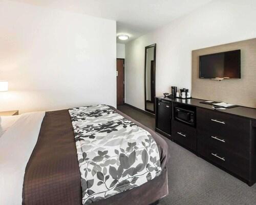 . Sleep Inn & Suites