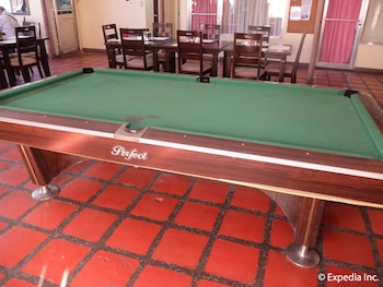 Orchid Inn Resort Pampanga Billiards