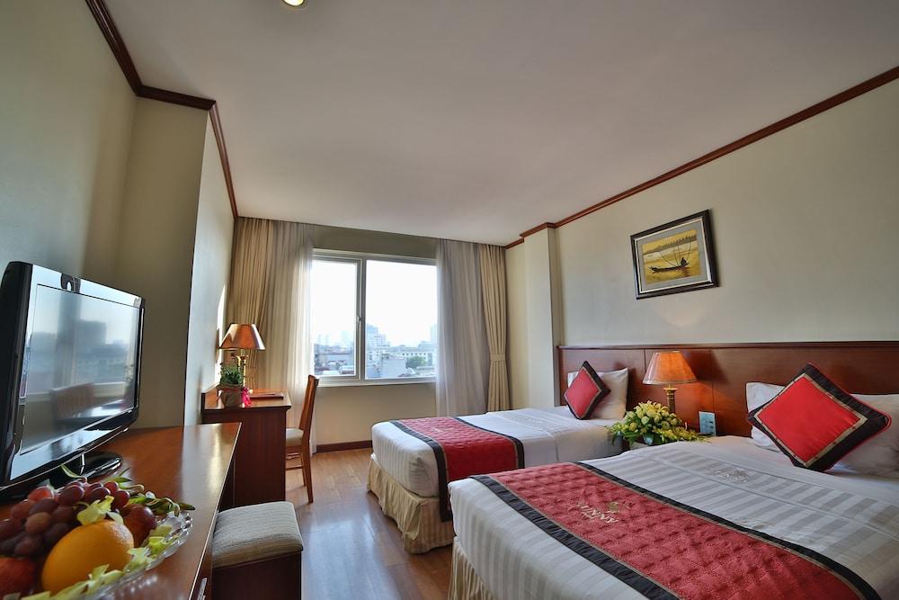 サニー 3 ホテル ハノイ