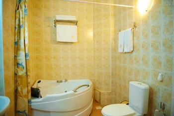 Dostyk Hotel - Bathroom Amenities  - #0