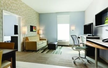 Studio, 1 Queen Bed, Accessible, Bathtub
