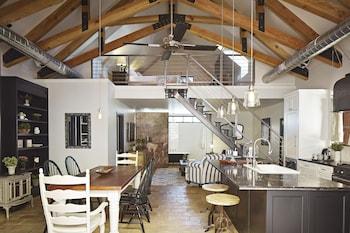 Premium Suite, Ensuite, Courtyard View (Loft)