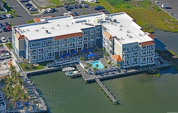 Fairfield Inn & Suites by Marriott Chincoteague Island Waterfront photo