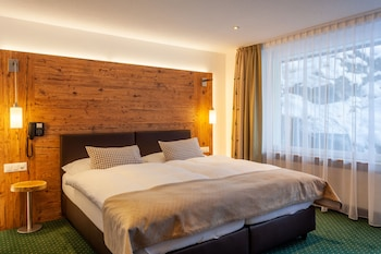 Modern Alpine Room