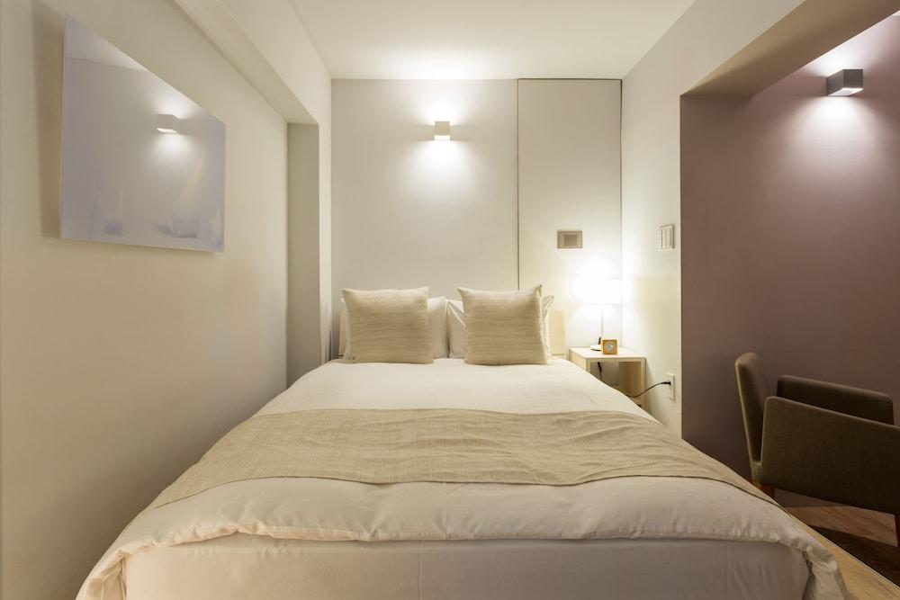 Roppongi Hotel S, Minato