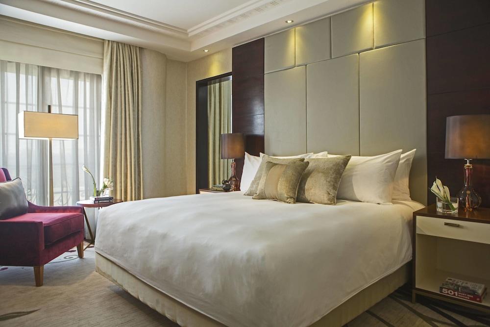 https://i.travelapi.com/hotels/7000000/6190000/6184200/6184194/622b7fc3_z.jpg