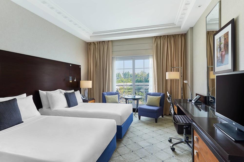 https://i.travelapi.com/hotels/7000000/6190000/6184200/6184194/98735b3b_z.jpg