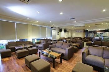 Hotel - Garuda Plaza Hotel