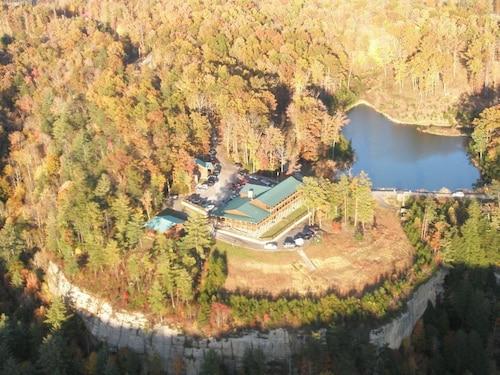 . Cliffview Resort