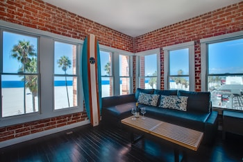 Studio Suite, Ocean View, Beachfront