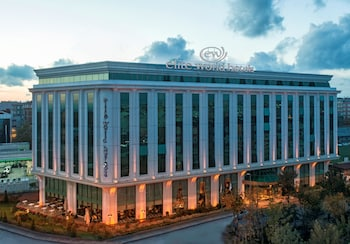 Hotel - Elite World Business Hotel