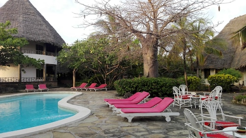 Flamingo Villa's Club, Malindi