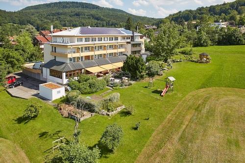 . Badhotel Restaurant Stauferland