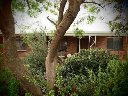 Capon Cottage, Broken Hill
