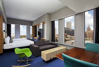 aloft, Suite, Multiple Beds, Corner