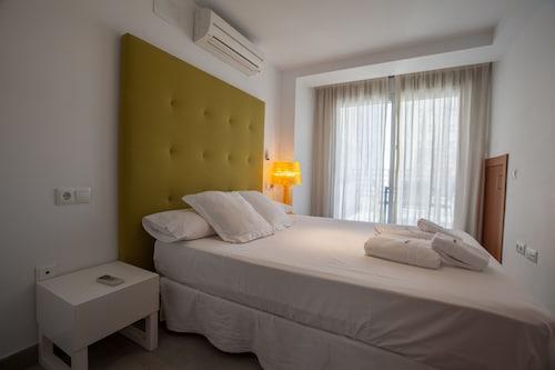 . Málaga Andes Apartamentos