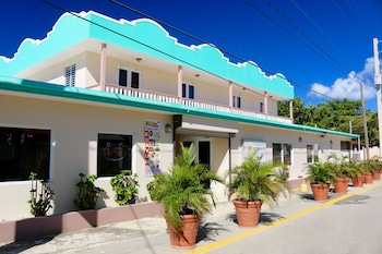 Hotel - Combate Beach Resort
