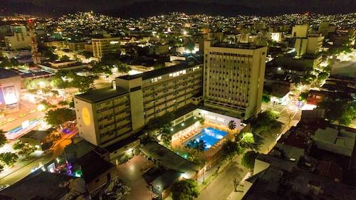 . Hotel Tonchala
