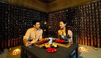 Huma Island Resort & Spa Coron Hotel Bar