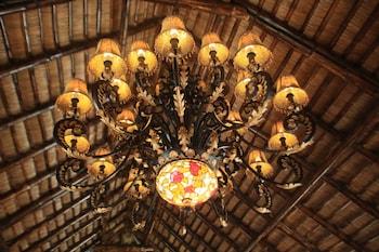 Huma Island Resort & Spa Coron Hotel Interior