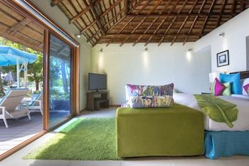 Huma Island Resort & Spa Coron Guestroom