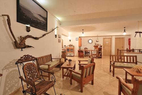 . Edem Hotel Apartments