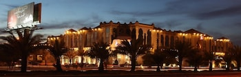 Hotel - Madareem Crown Hotel