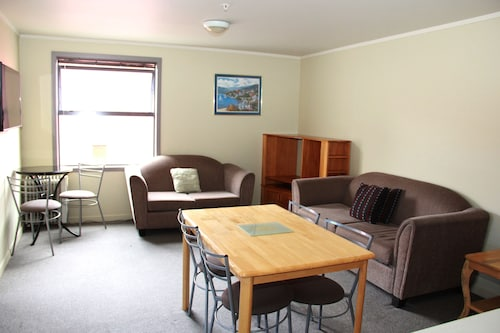 Nikau Apartments, Nelson