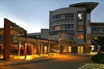 考爾姆斯里飯店 The Colmslie Hotel