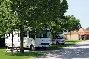RV Parking Back In  up to 40 FT