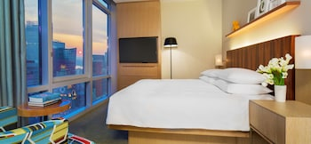 Room, 1 King Bed, Accessible (Times Square View)