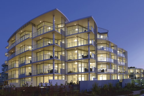 . Manta Bargara Resort