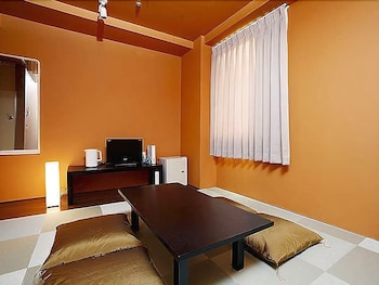 HOTEL 1-2-3 KOBE Living Area