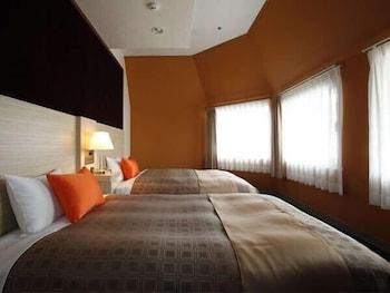 HOTEL 1-2-3 KOBE Room