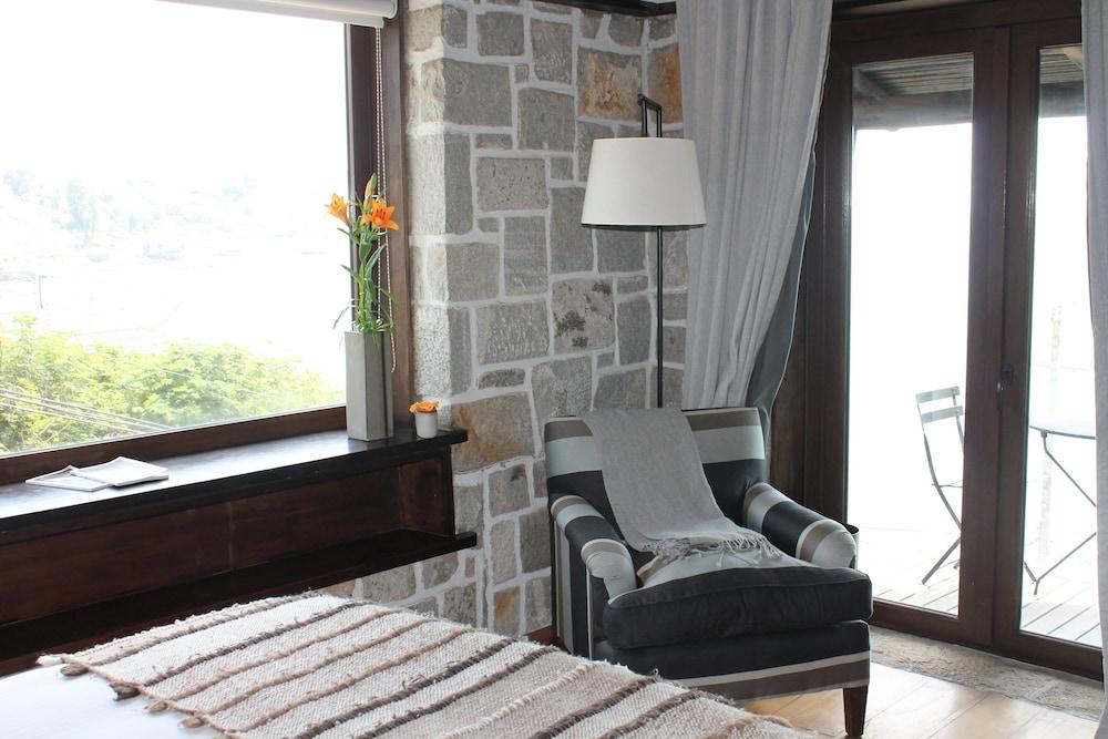 https://i.travelapi.com/hotels/7000000/6320000/6312400/6312399/1709f77e_z.jpg