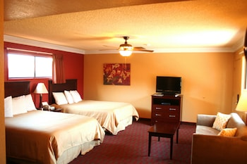 Hotel - Pacific Inn & Suites