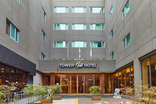 . Tower Hill Hotel
