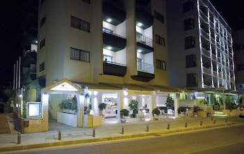 Costantiana Beach Apartments
