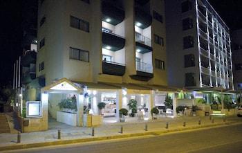 寇斯當緹安娜海灘公寓飯店