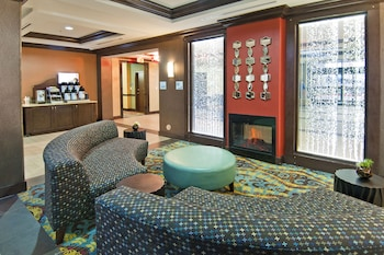 Hotel - Holiday Inn Express & Suites San Antonio SE By At&t Center