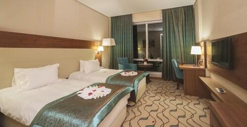 Margi Hotel, Merkez