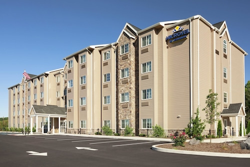 . Microtel Inn & Suites by Wyndham Wilkes Barre