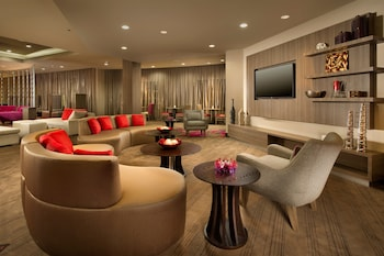 Lobby Sitting Area at Courtyard by Marriott Dallas DFW Airport North/Grapevine in Grapevine