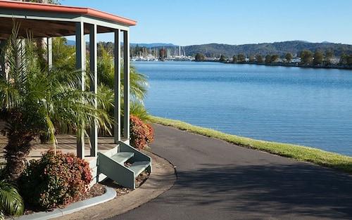 . Batemans Bay Marina Resort