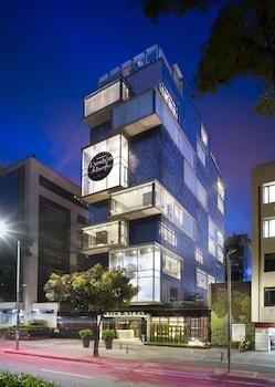 Hotel - The Click Clack Hotel