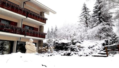 . Grand Hotel Presolana