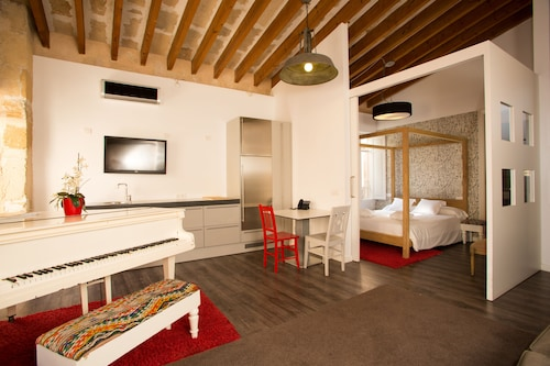 __{offers.Best_flights}__ Brondo Architect Hotel