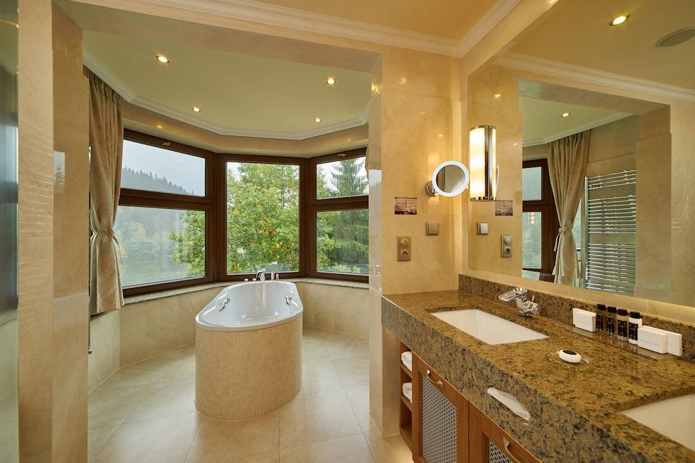 Suite, Balcony, River View